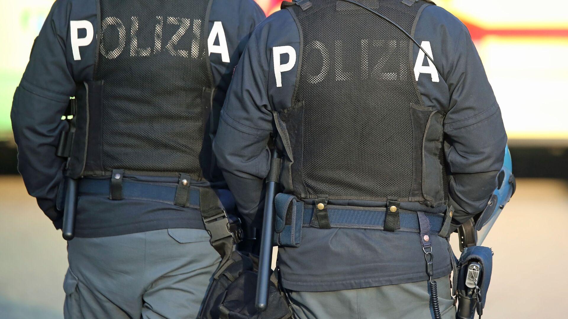 La polizia italiana - Sputnik Italia, 1920, 12.07.2021