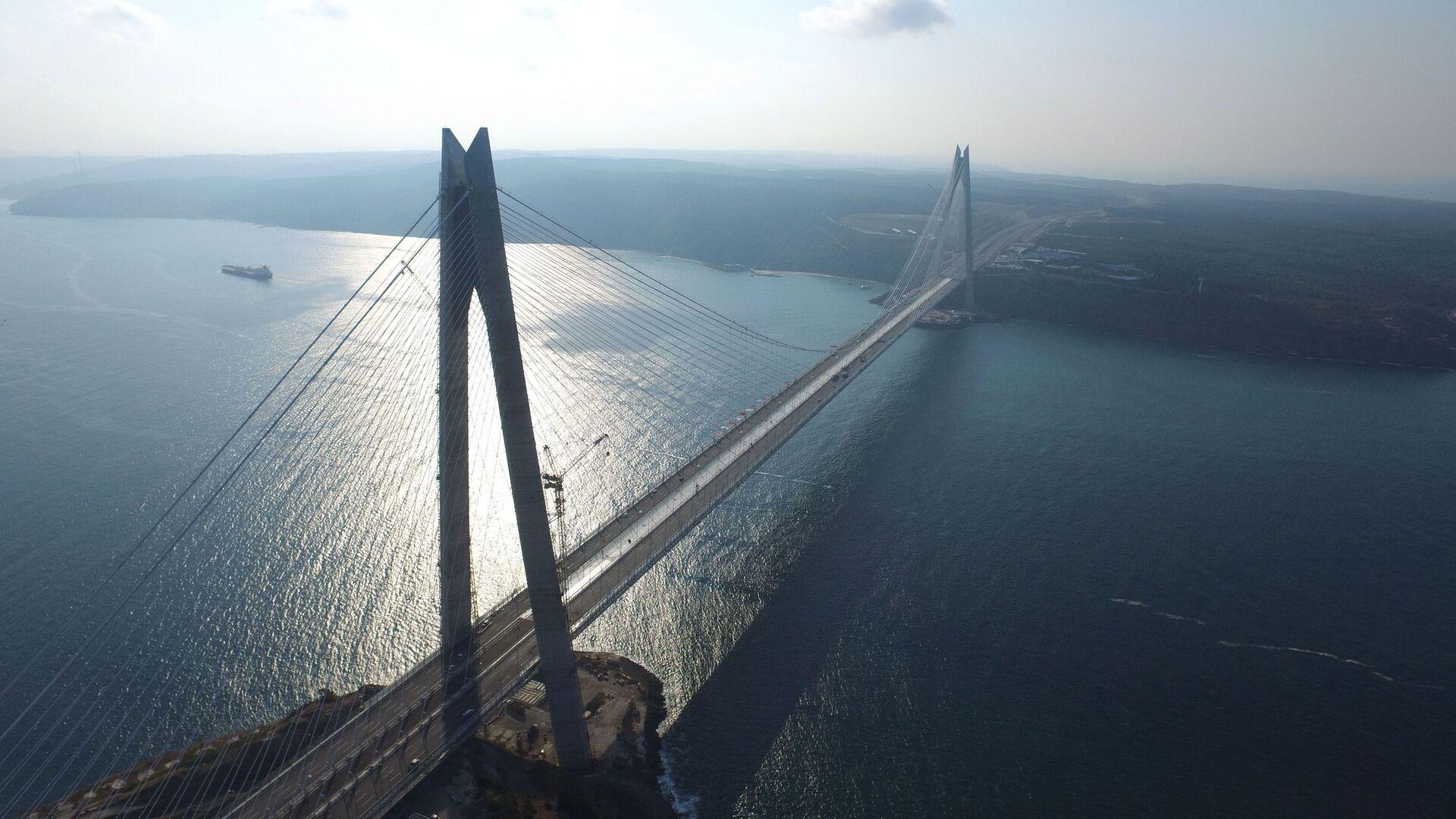 Il ponte sullo stretto del Bosforo Yavuz Sultan Selim - Sputnik Italia, 1920, 28.05.2021