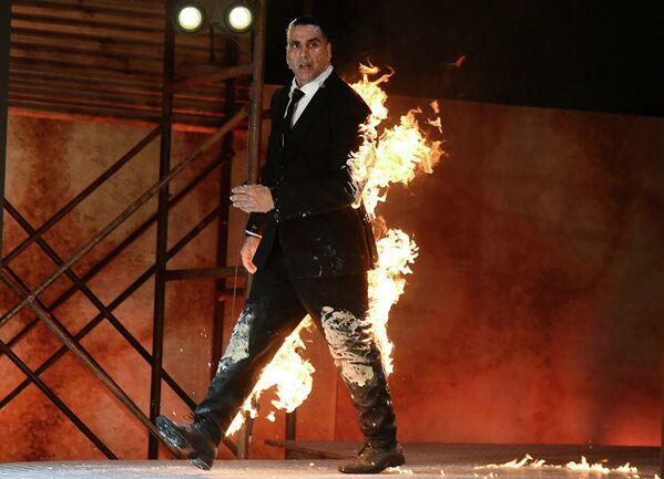 Al quarto posto l'attore indiano Akshay Kumar, che ha incassato $ 65 milioni.  - Sputnik Italia