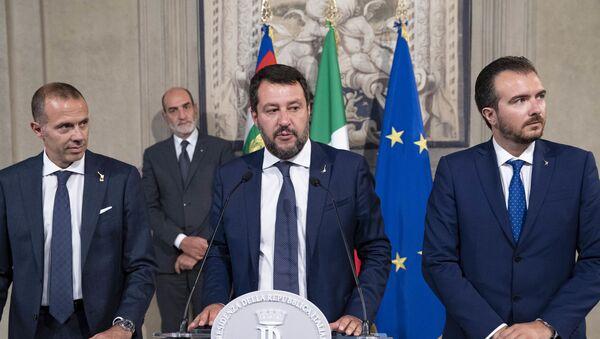 La delegazione dei gruppi parlamentari Lega-Salvini Premier, in occasione delle consultazioni - Sputnik Italia