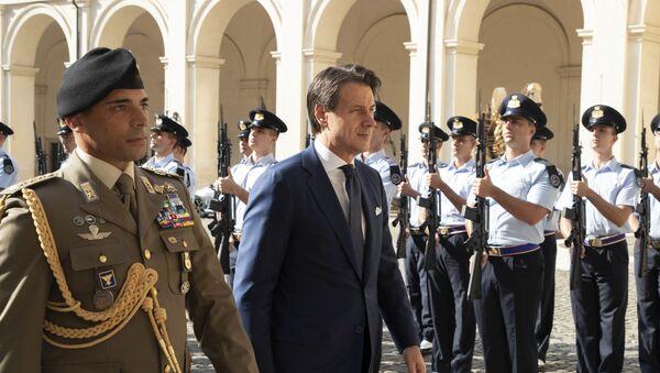 L'arrivo al Quirinale del Prof. Giuseppe Conte, convocato dal Presidente Sergio Mattarella. - Sputnik Italia