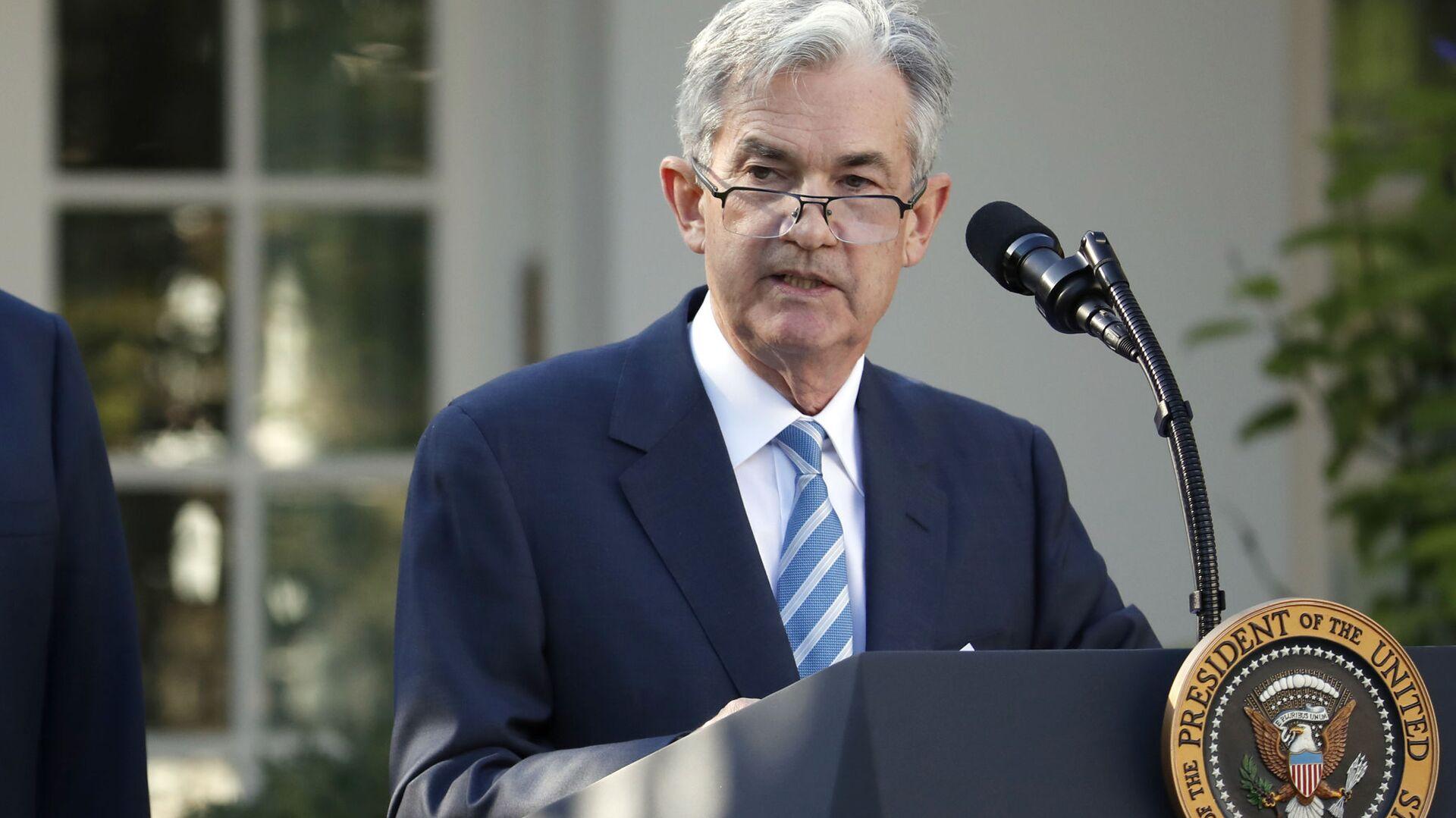Jerome Powell interviene dopo che il presidente statunitense Donald Trump l'ha nominato il suo candidato al posto del capo del Federal Reserve. - Sputnik Italia, 1920, 02.09.2021