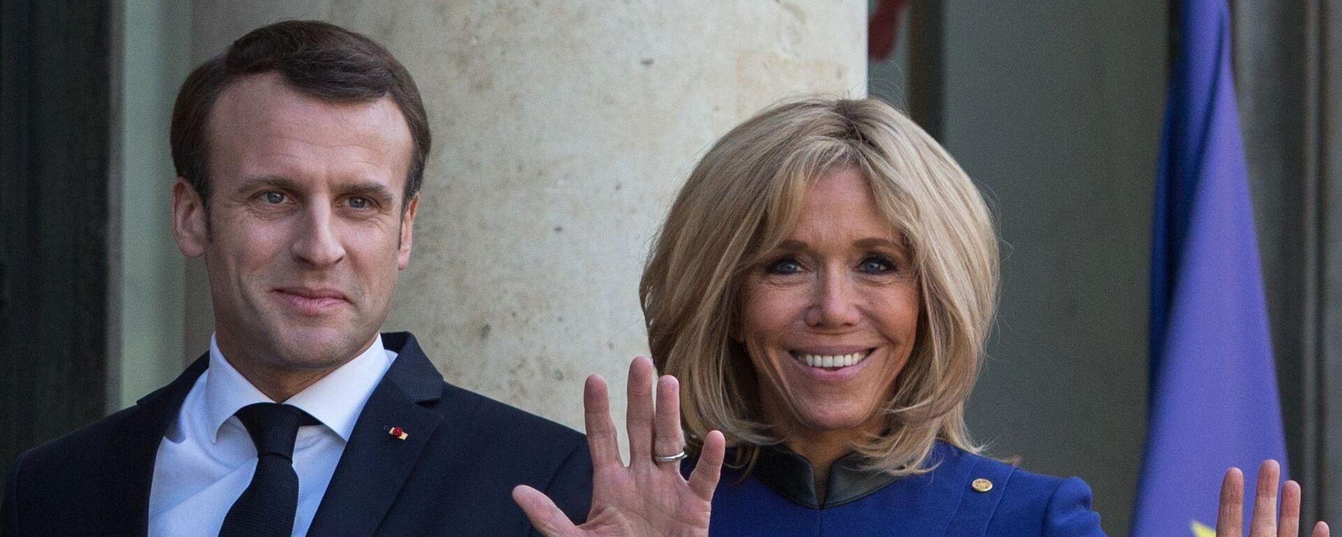 Brigitte e Emmanuel Macron - Sputnik Italia, 1920, 26.09.2021