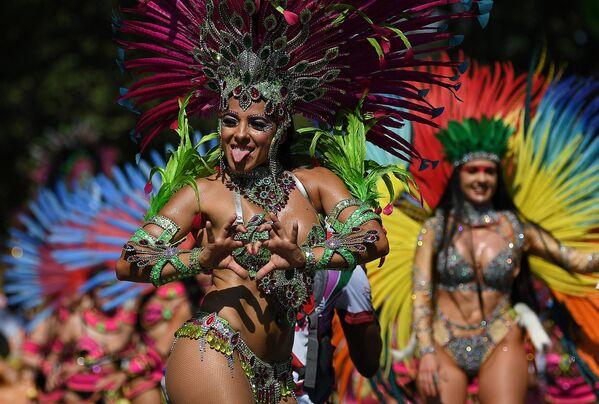 Il carnevale di Notting Hill a Londra. L'evento è dedicato alla cultura ed è considerato il più grande festival di strada in Europa. - Sputnik Italia