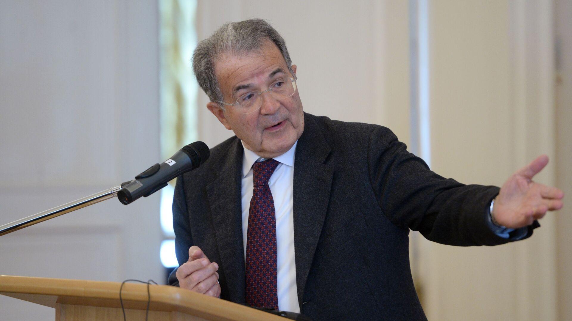 Ex premier italiano Romano Prodi - Sputnik Italia, 1920, 25.09.2021
