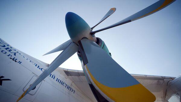 I test del propulsore TB7-117ST - Sputnik Italia