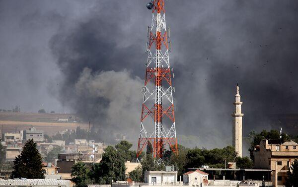 Bombardamenti turchi nella città di Ras al-Ayn - Sputnik Italia