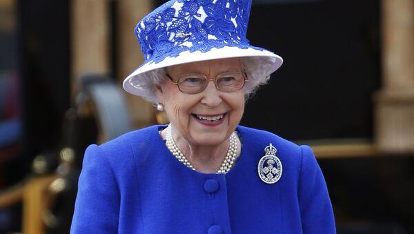 Elisabetta II - Sputnik Italia