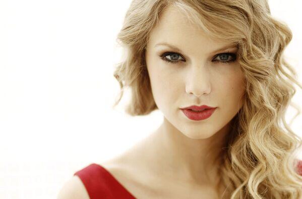 La cantante e attrice americana Taylor Swift - Sputnik Italia