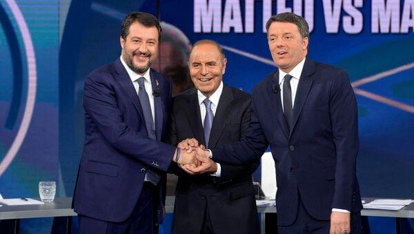 Matteo Salvini e Matteo Renzi, Porta a Porta - Sputnik Italia
