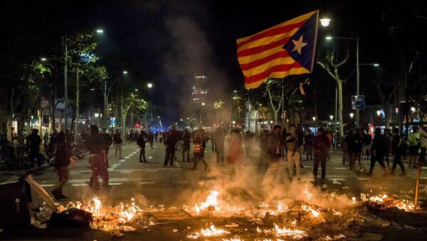 Le proteste a Barcellona  - Sputnik Italia