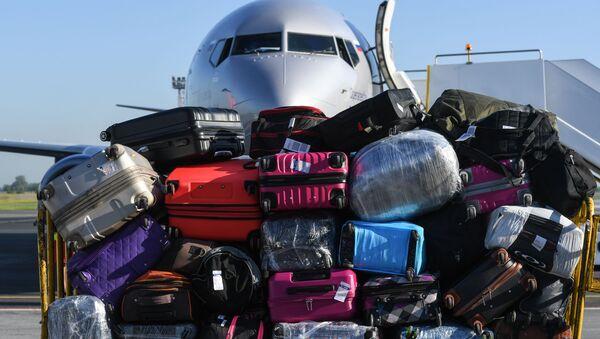 Bagagli in un aeroporto in Russia - Sputnik Italia