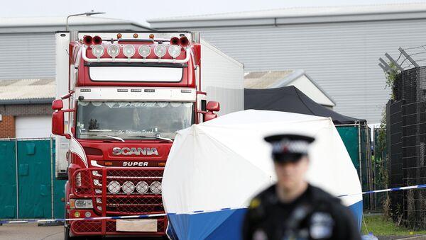 Место обнаружения грузовика с телами 39 человек в Великобритании - Sputnik Italia