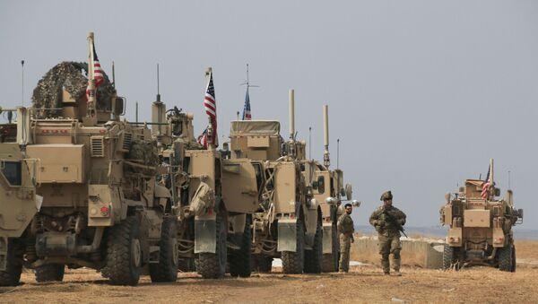 Un convoglio americano nella Siria nord-orientale - Sputnik Italia