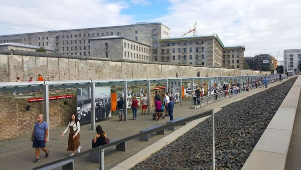 Muro di Berlino - Sputnik Italia