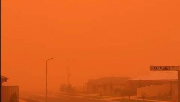 Tempesta di polvere in Australia - Sputnik Italia