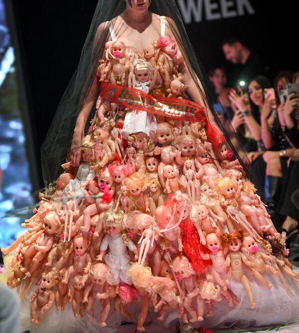 La sfilata della Azerbaijan Fashion Week a Baku. - Sputnik Italia