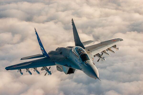 Il MiG-35 è l'ultima versione di produzione del caccia russo MiG-29 - Sputnik Italia