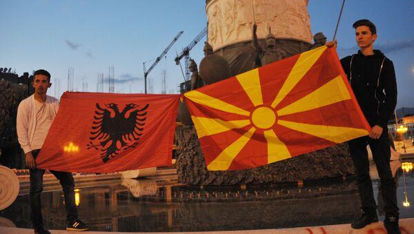 Bandiere di Albania e Macedonia - Sputnik Italia
