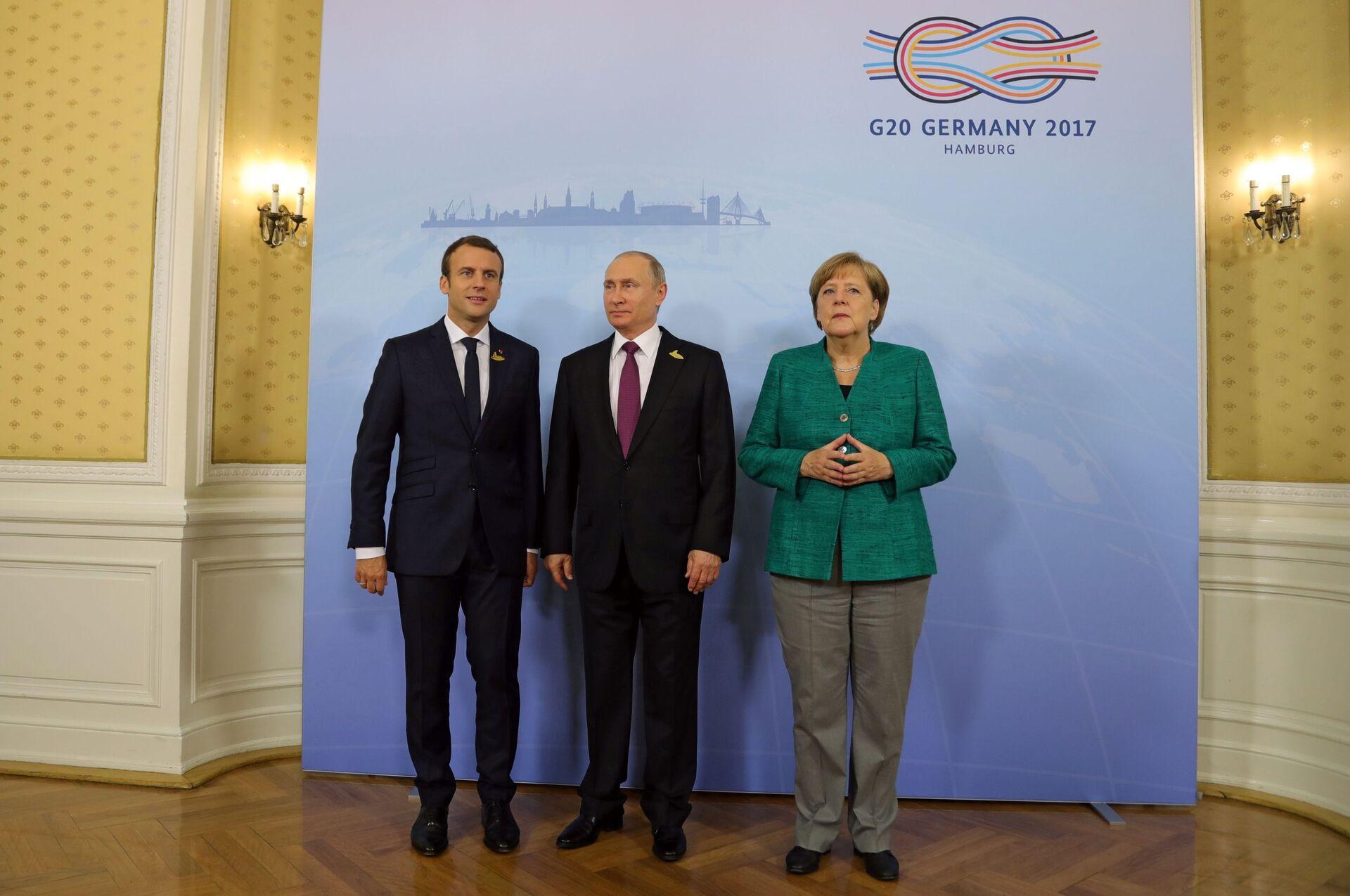 Putin a colloquio con Merkel e Macron: Disponibili a ripristinare relazioni con l'Ue - Sputnik Italia, 1920, 31.03.2021