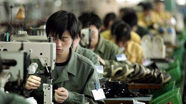 Gli operai di una fabbrica cinese - Sputnik Italia