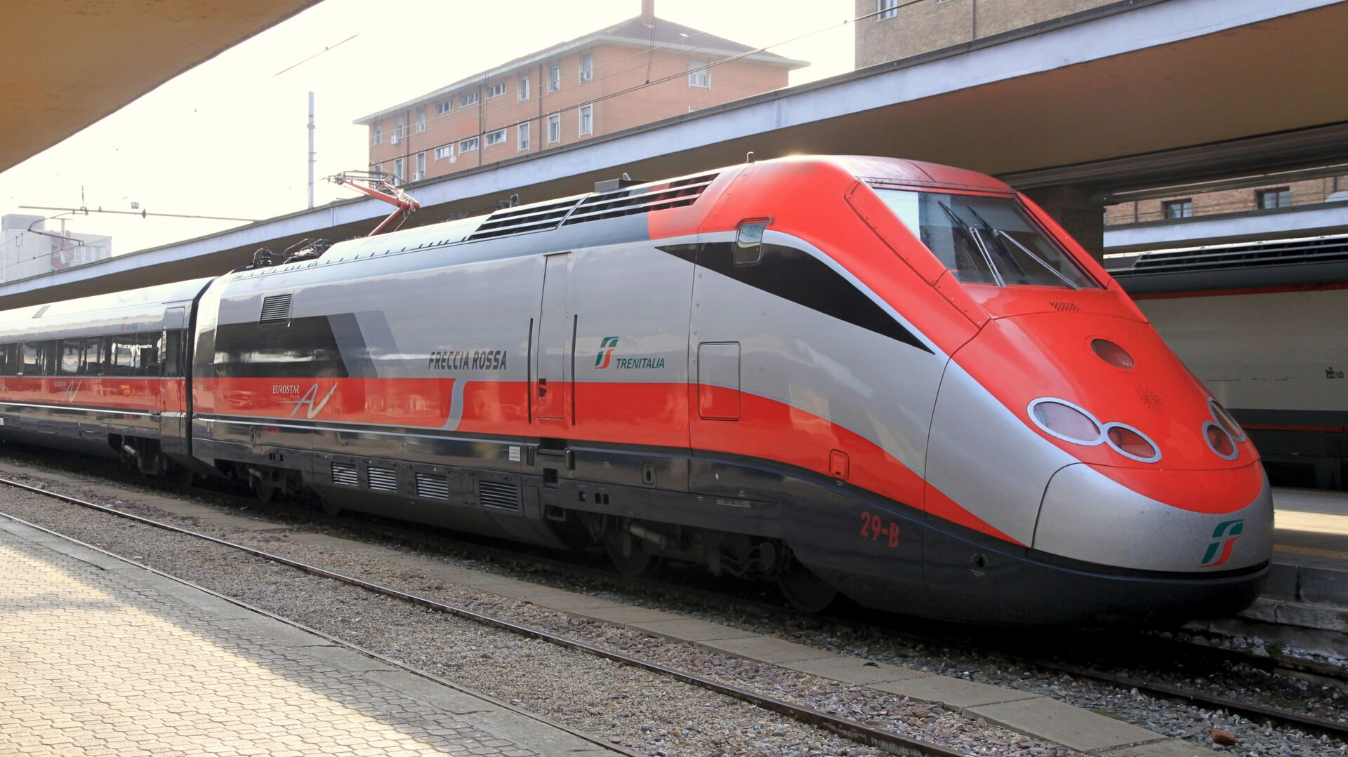 Treno Freccia Rossa - Sputnik Italia, 1920, 08.03.2021