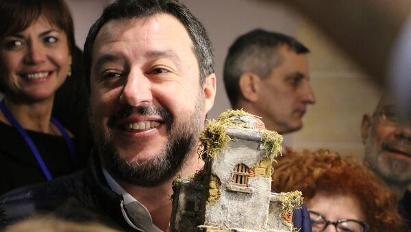 Matteo Salvini al Congresso Federale della Lega  - Sputnik Italia
