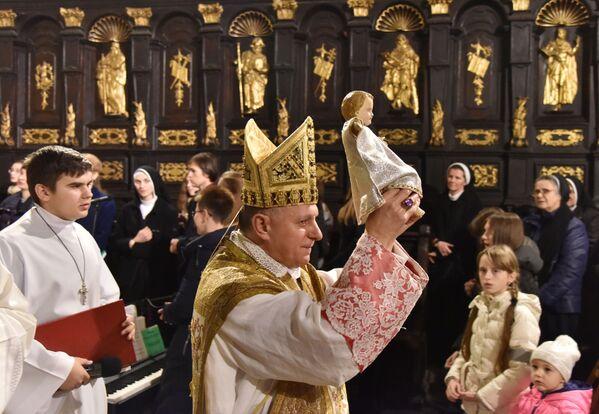Una messa di Natale a Leopoli. - Sputnik Italia