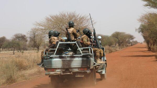 Soldati in Burkina Faso - Sputnik Italia