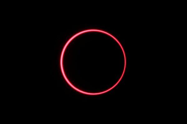 Un'eclissi solare, Indonesia, il 26 dicembre 2019. - Sputnik Italia