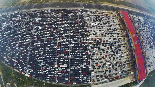 Traffico congestionato alle porte di Pechino - Sputnik Italia