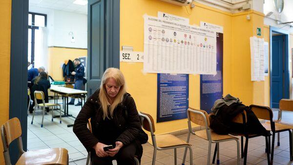 Un seggio elettorale - Sputnik Italia