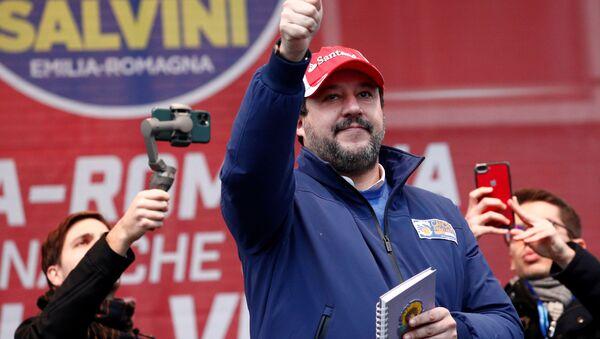 Matteo Salvini a Maranello - Sputnik Italia