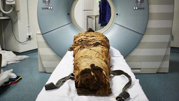 Il corpo mummificato del sacerdote Nesyamun - Sputnik Italia
