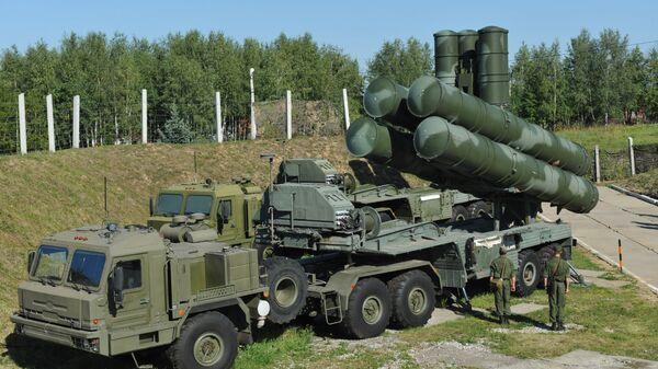 Sistema di difesa S-400 russo - Sputnik Italia