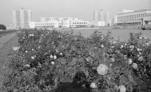 Centro della città di Pripyat nel 1985 - Sputnik Italia