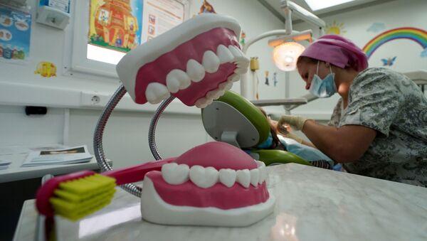 La visita dal dentista - Sputnik Italia