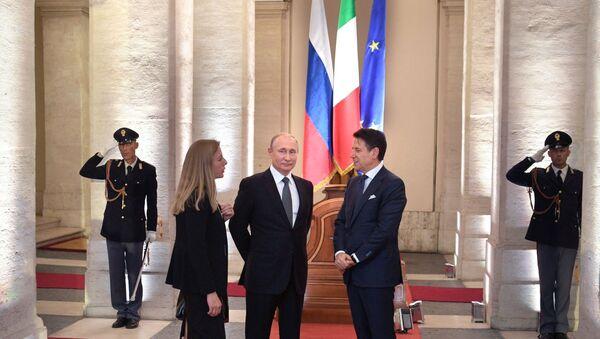 Putin e Conte a Palazzo Chigi - Sputnik Italia