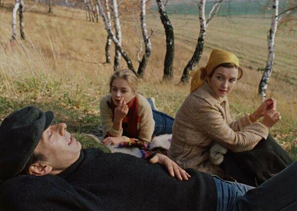 Vera Alentova e Aleksey Batalov nel film Mosca non crede alle lacrime, 1980 - Sputnik Italia