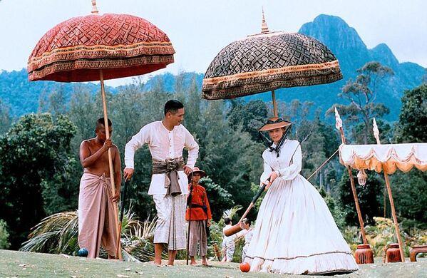 Jodie Foster e Chow Yun‑fat nel film Anna and the King, 1999 - Sputnik Italia
