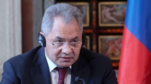 Il ministro della Difesa russo Shoigu nella conferenza stampa dopo il vertice intergovernativo 2+2 italo-russo a Roma - Sputnik Italia