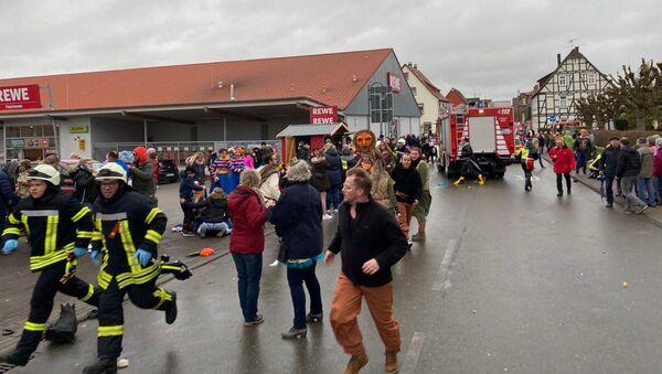 Volkmarsen, Germania, dove un uomo si è lanciato sulla folla con un auto durante il Carnevale. - Sputnik Italia