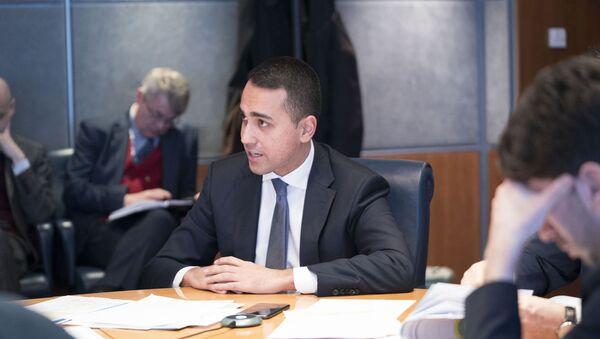 Il Ministro degli Affari Esteri, Luigi Di Maio, al Dipartimento della Protezione Civile per la riunione del Comitato operativo sul Coronavirus. - Sputnik Italia