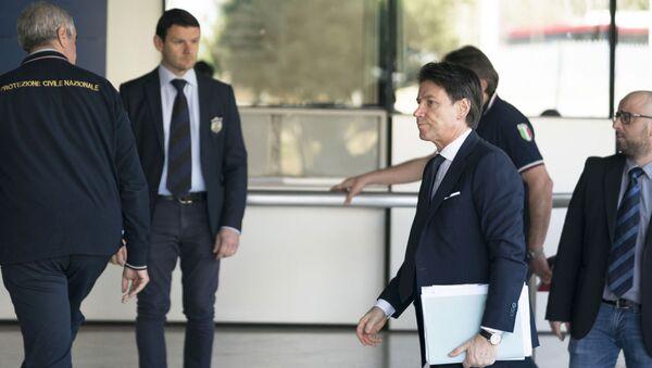 Il Presidente Conte al Dipartimento della Protezione Civile - Sputnik Italia