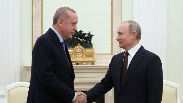 Recep Tayyip Erdogan e Vladimir Putin - Sputnik Italia