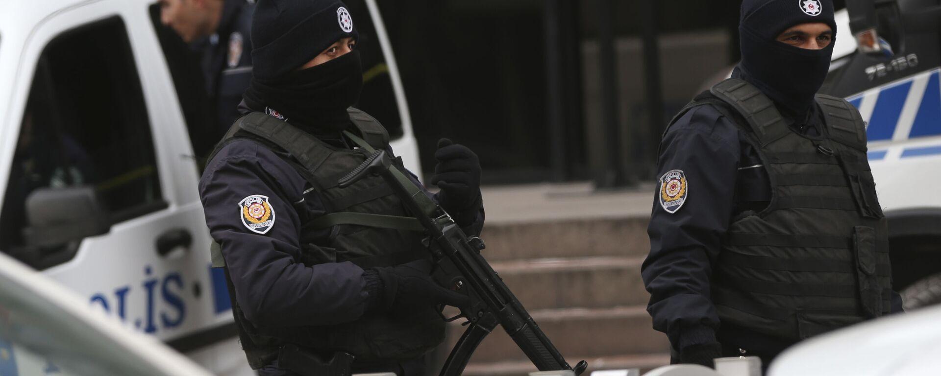 La polizia turca - Sputnik Italia, 1920, 02.05.2021