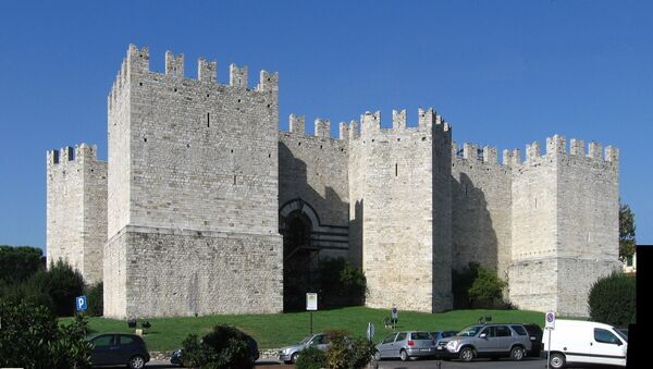 Il Castello dell'imperatore di Prato, vista da S-E - Sputnik Italia