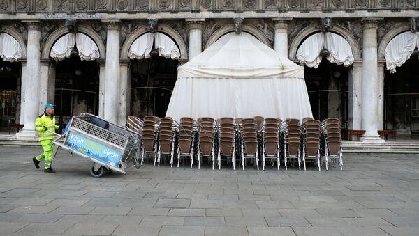 Sulla piazza San Marco a Venezia - Sputnik Italia