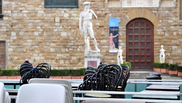 Un ristorante chiuso in Piazza della Signoria a Firenze - Sputnik Italia