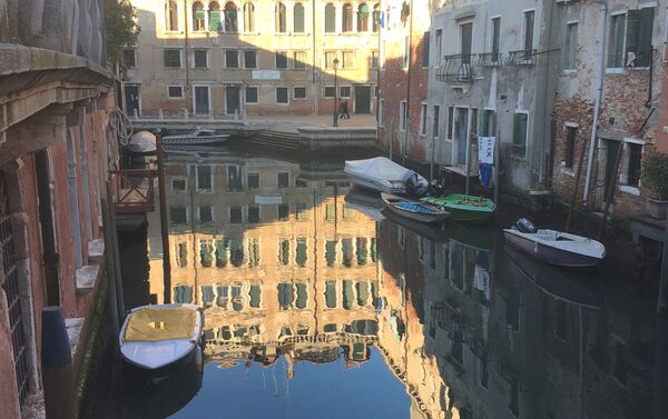Un canale a Venezia - Sputnik Italia